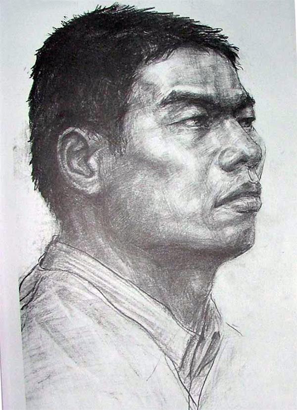 2004年天津美术学院高分头像素描校考真题